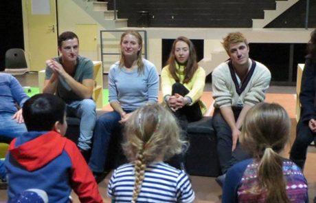Kinder der Montessori Schule Berlin im Gripstheater